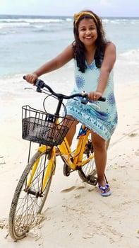 Pompika Gautam Beach Vacation Aarki